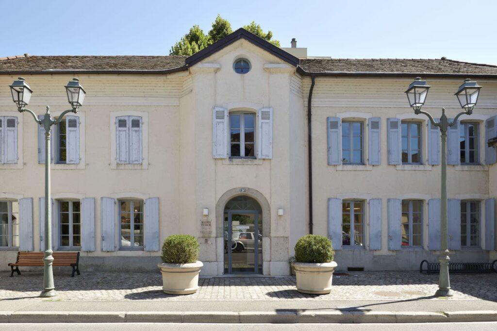Maison Fusier, Siège de l'Association Voltaire à Ferney